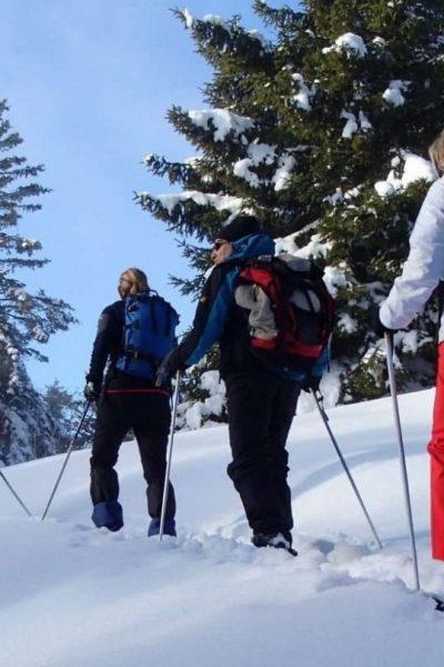 initiation raquettes à neige à Métabief avec SportsNatureEvasion